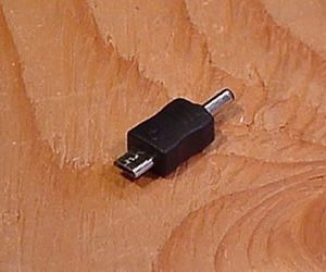 Male 3.5x1.1 to MicroUSB