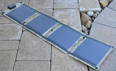Kickr IV : USB Solar Panel in camo