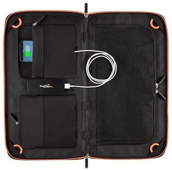 Kickr IV+ : USB Solar Pack charging phone