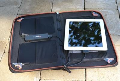 Kickr IV+ : USB Solar Pack with iPad