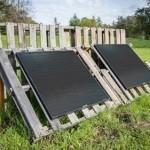 Boulder 90 Solar Panel using pallets as mounting rack