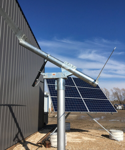 Benjamin Mechanical single axis solar tracker